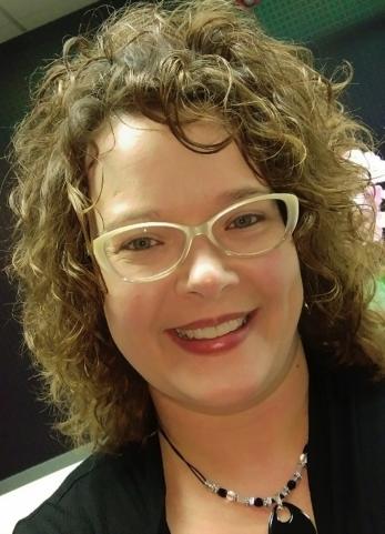 Mari Beth Shelton : Development Chair